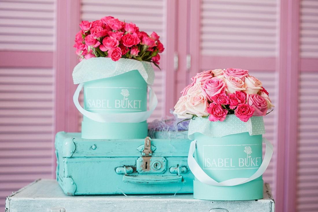 Цветы в шляпной коробке спб купить